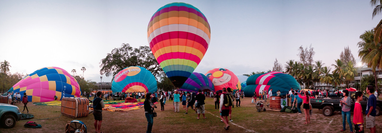 Panorama of the International Hot Air Balloon festival in Chiang Mai - Thailand
