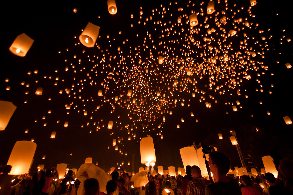 Lantern Release at Yi Peng festival 2011 in Chiang Mai, Thailand.