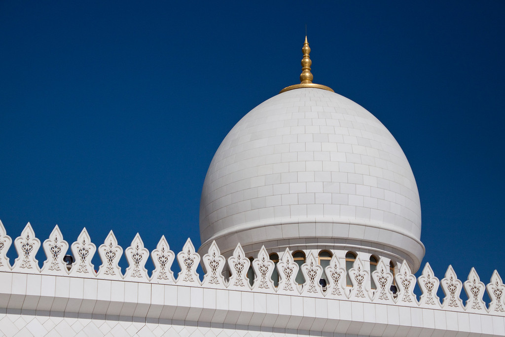 photo essay the sheikh zayed mosque uae close up of the dome in sheikh zayed mosque in abu dhabi uae